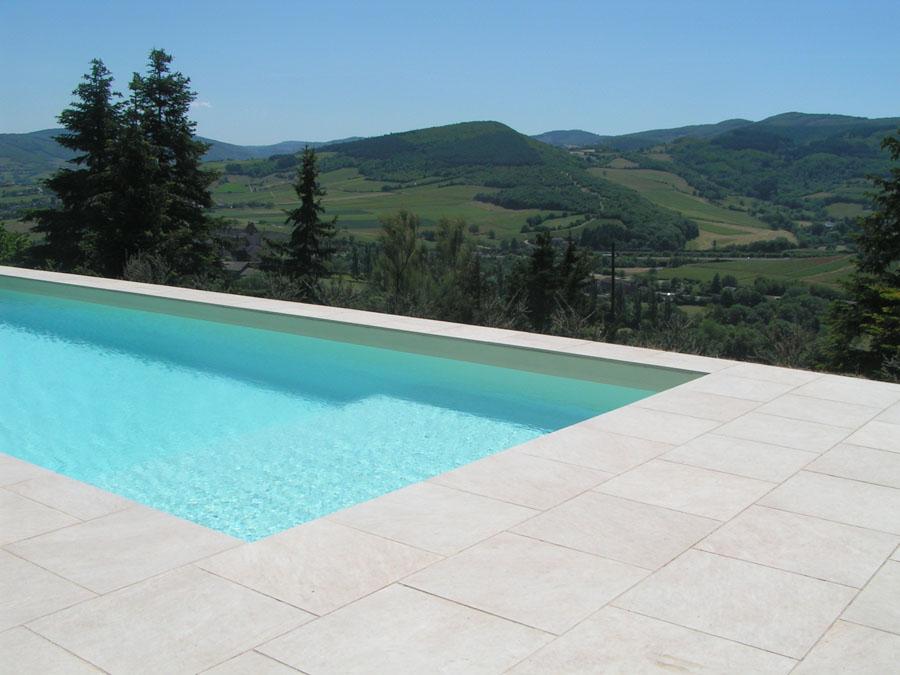 am nagement de piscines et spas m con vert land paysagiste. Black Bedroom Furniture Sets. Home Design Ideas